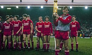 «Ливерпуль» и Кенни Далглиш (c) LiverpoolFC.com