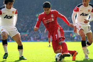 Луис Суарес в матче против «Манчестер Юнайтед» (c) Liverpool Echo