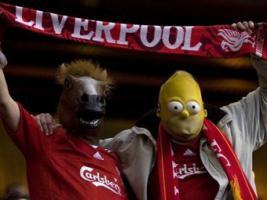 Фото болельщиков «Ливерпуля» (c) www.sports.ru