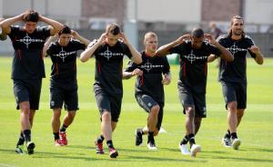 Тренировка (с) Liverpoolfc.tv