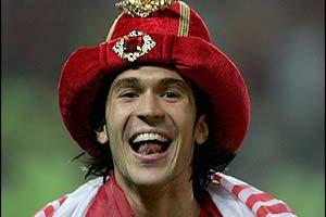 Луис Гарсия празднует победу в Лиге чемпионов (c) BBC
