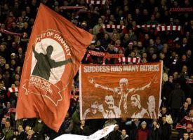 Болельщики «Ливерпуля» на Копе (c) Liverpool Echo