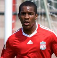 Андре Уиздом (c) LiverpoolFC.tv