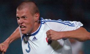 Мартин Шкртел в футболке сборной Словакии (c) Guardian