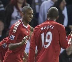 Давид Нгог и Райан Бабел в матче против «Лидс Юнайтед» (c) Anfield Way