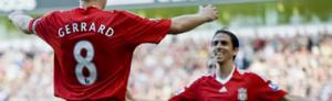 Стивен Джеррард и Йосси Бенаюн празднуют гол в ворота «Бёрнли» (c)LiverpoolFC.tv