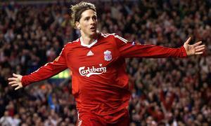 Фернандо Торрес празднует гол в ворота «Бенфики» (c) Liverpool Echo