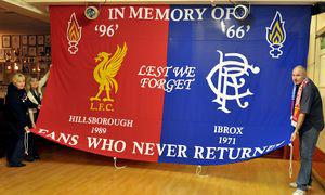 Баннер болельщиков «Ливерпуля» и «Рейнджерс» (c) Liverpool Echo