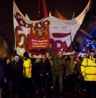 Болельщики «Ливерпуля» перед матчем со «шпорами» (c) LiverpoolFC.tv