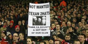 Болельщики «Ливерпуля» протестуют против американских владельцев (c) Mirror