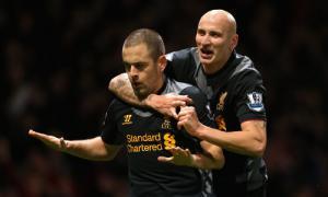 Джо Коул и Джонджо Шелви (c) LiverpoolFC.com