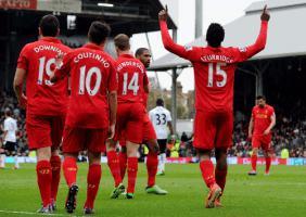 Дэниел Старридж празднует гол в ворота «Фулхэма» (c) LiverpoolFC.com