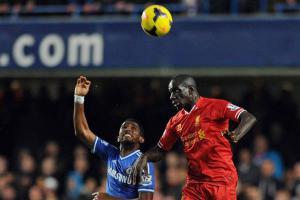 Мамаду Сако против Самюэля Это'о (c) Liverpool Echo