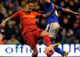 Даниэль Аггер в матче против «Олдхэм Атлетик» (c) LiverpoolFC.com