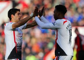 Луис Суарес и Дэниел Старридж (c) LiverpoolFC.com