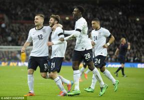 Люк Шоу в сборной Англии (c) Andy Hooper