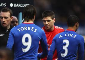 Стивен Джеррард и Фернандо Торрес (c) LiverpoolFC.com