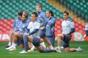 Фотография Энди Кэррола во время тренировки сборной Англии