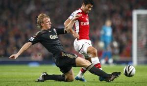 Дирк Кёйт в матче против «Арсенала» (c) Liverpool Echo