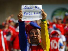 Коста Рика провожает Англию (с)Reuters
