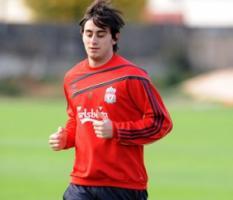 Альберто Аквилани на тренировке «Ливерпуля» (c) LiverpoolFC.tv