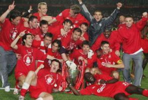 2005 год: Герои Стамбула с Кубком чемпионов