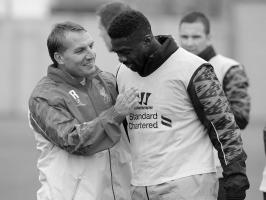 Брендан Роджерс и Коло Туре (с) Liverpool FC