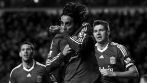 Альберто Аквилани празднует забитый за «Ливерпуль» гол (c) Setanta