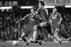 Лукас Лейва в матче против «Челси» (c) Zimbio
