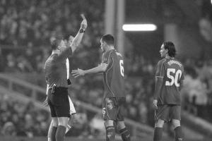 Удаление Лазара Марковича в матче против «Базеля» (c) David Rawcliffe/Propaganda