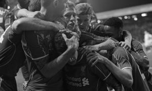 Игроки «Ливерпуля» празднуют гол (c) LiverpoolFC.com