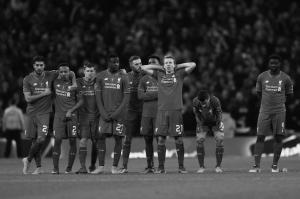 «Ливерпуль» в серии пенальти (c) Getty