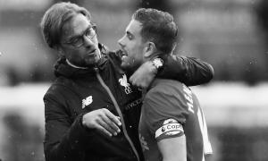 Юрген Клопп и Джордан Хендерсон (c) LiverpoolFC.com