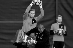 Лорис Кариус, Йон Ахтерберг, Симон Миньоле (c) LiverpoolFC.com