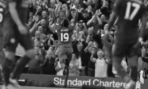 Садио Мане празднует гол (c) LiverpoolFC.com
