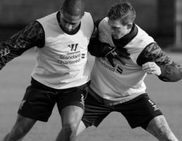 Глен Джонсон и Даниэль Аггер (c) LiverpoolFC.com