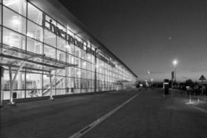 Аэропорт Джона Леннона