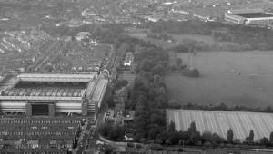 «Энфилд» и «Гудисон Парк» (с) http://www.liverpoolecho.co.uk